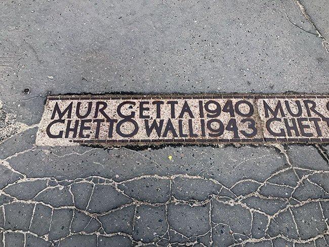 El recorrido del muro ha dejado constancia en la ciudad de Varsovia