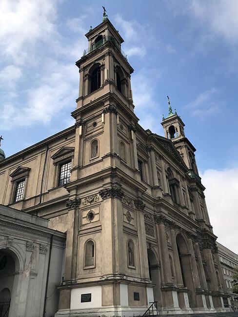 La iglesia de Todos los Santos en Varsovia