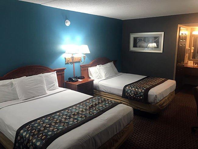 El interior de la habitación del hotel de St. Louis
