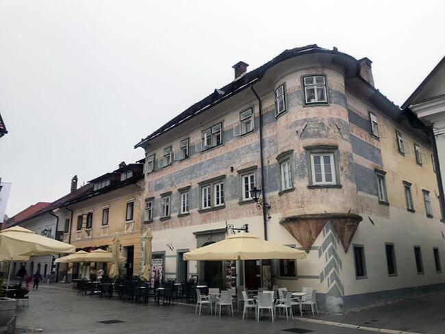 La preciosa ciudad de Radovljica en Eslovenia
