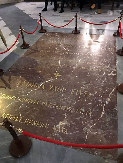 Tumba del CId en la catedral de Burgos