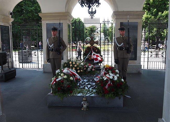 La tumba del soldado desconocido en Varsovia