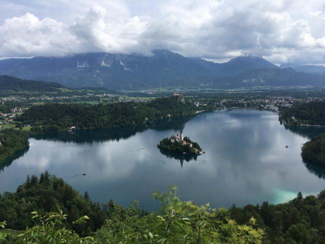 Foto encontrada en internet del mirador Osojnika - Eslovenia