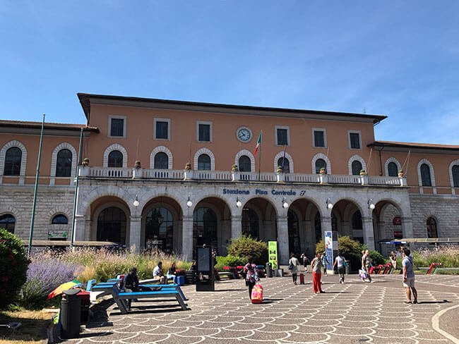 La estación central de Pisa