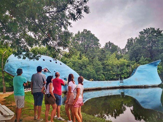 Aquí los #sixTo66 disfrutamos de un momento de soledad en la Blue Whale, un punto emblemático de la Ruta 66