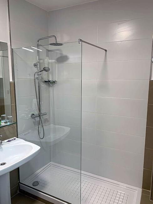Baño en nuestro hotel en Madrid