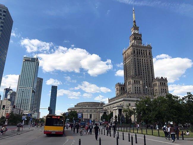 El palacio de la Ciencia y la Cultura de Varsovia es el edificio más grande de la ciudad