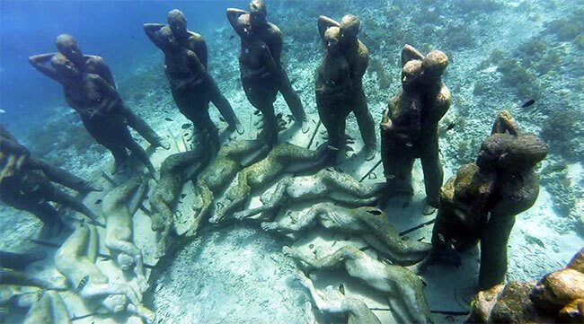 Estatuas submarinas de Gili Meno (Indonesia)