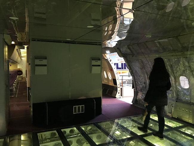 Puedes visitar el interior de aviones y descubrir todas sus secciones