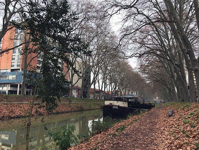 Se puede pasear por todo el Canal Midi de Toulouse