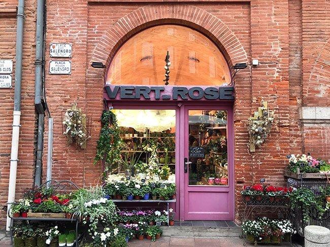 El color de los tochos que componen los edificios de Toulouse son muy característicos