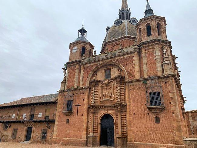 La iglesia del Cristo del Valle de San Carlos del Valle