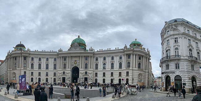 Panoramica del Palacio Hofburg