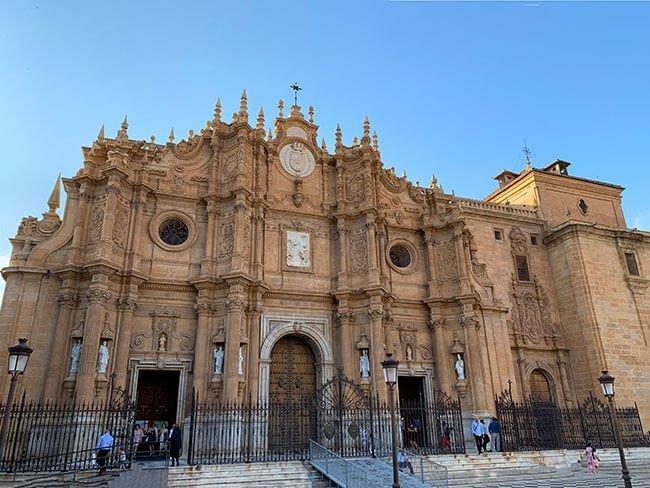 La impresionante Catedral de la Encarnación de Guadix