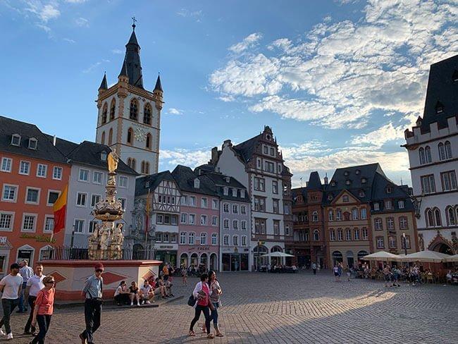 El pueblo más antiguo de Alemania es Trier en el Valle del Mosela