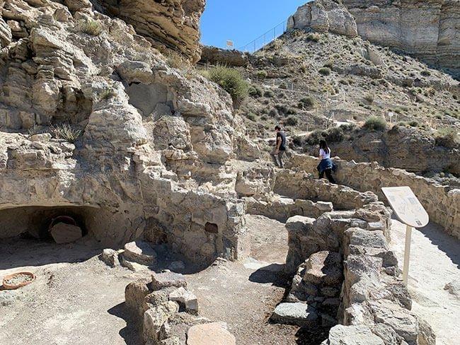 La visita al yacimiento arqueológico de Castellón Alto es muy instructiva