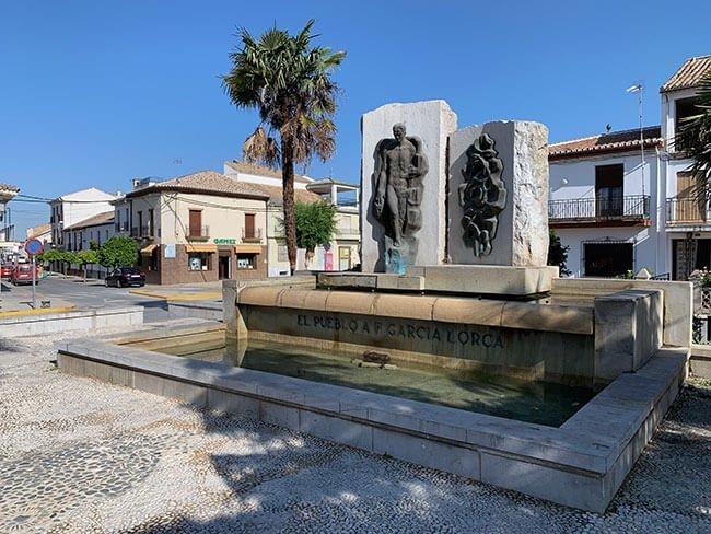 Monumento a Federico Garcia Lorca en Fuente Vaqueros (Granada)