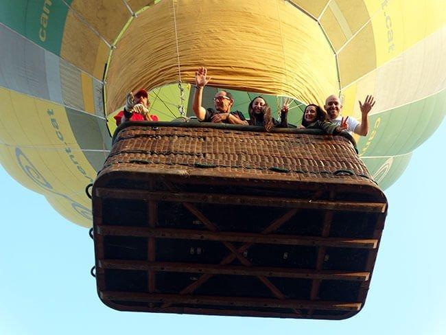 Los primeros instantes del vuelo en globo son muy intensos