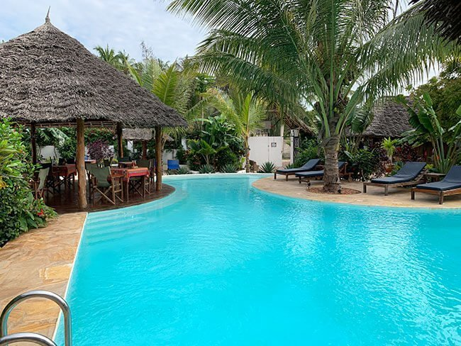 Otra de las piscinas de nuestro hotel en Nungwi