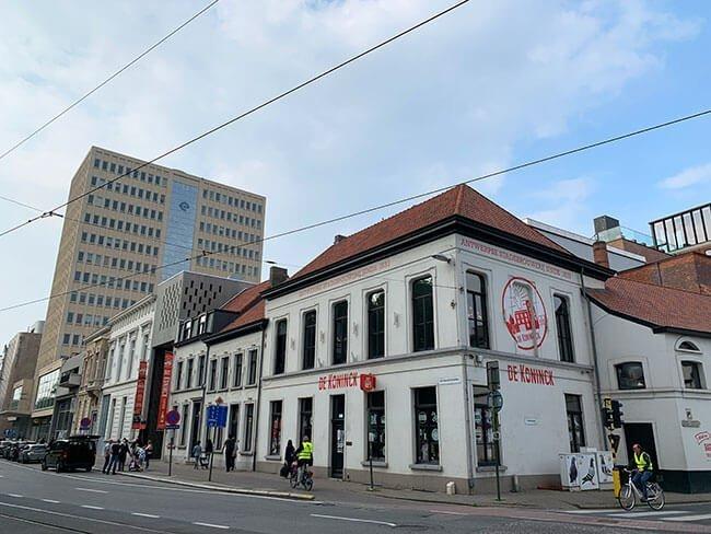 Edificio de la fabrica de cervezas Koninck en Amberes