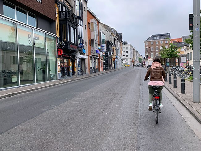 Paseando por Gante en bicicleta