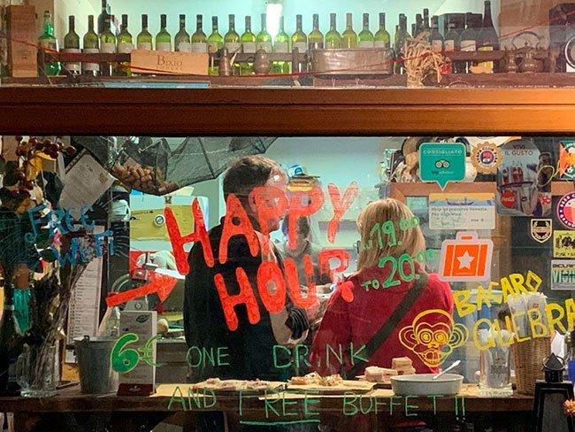 Muchos bares de Venecia ofrecen descuentos en horas concretas