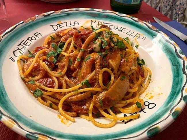 Spaghetti al calamaro