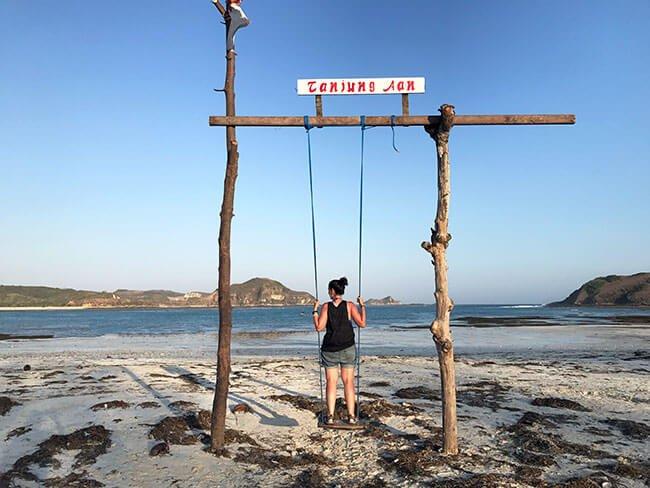 Columpio de Tanjung Aan Beach