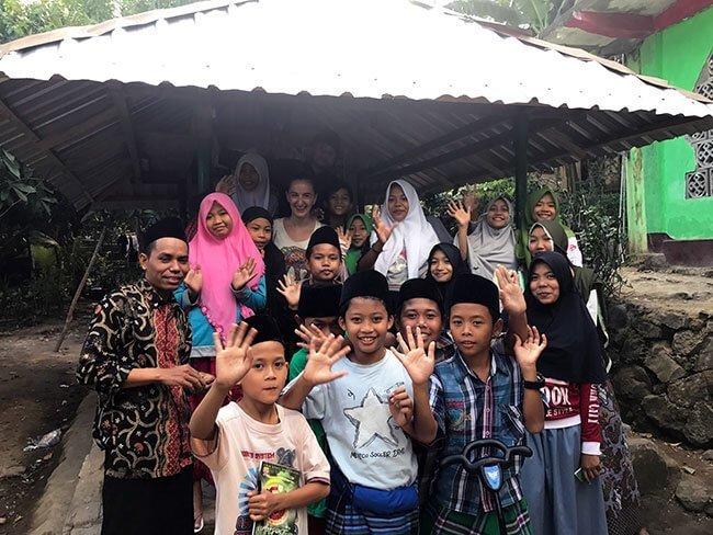 Nuestro paso por la escuela que gestiona de Lombok