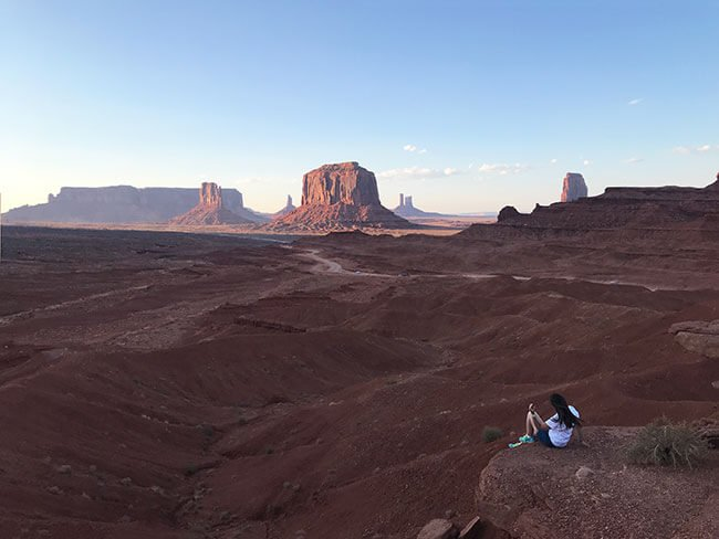 Espectacular Monument Valley al atardecer