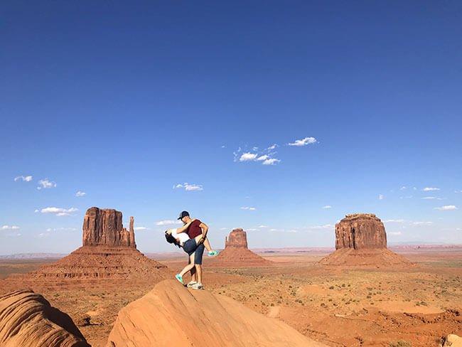 Haciendo el tonto en Monument Valley