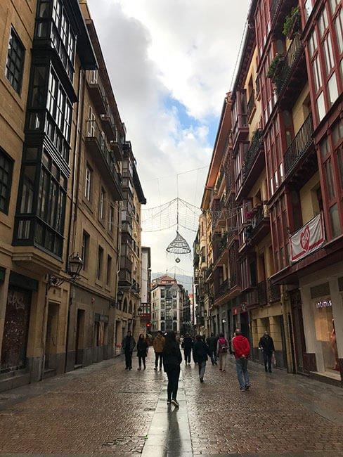 Calle del casco viejo de Bilbao
