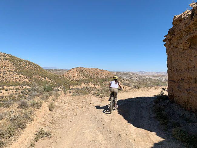 Tramo de la ruta por el desierto del Gorafe