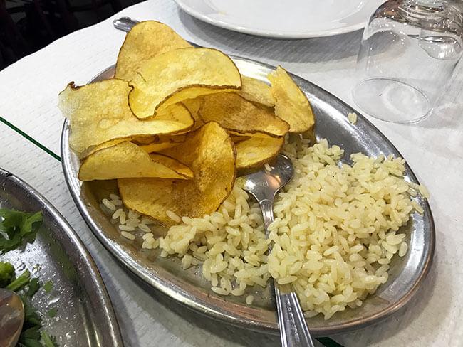 Acompañamientos: patatas y arroz