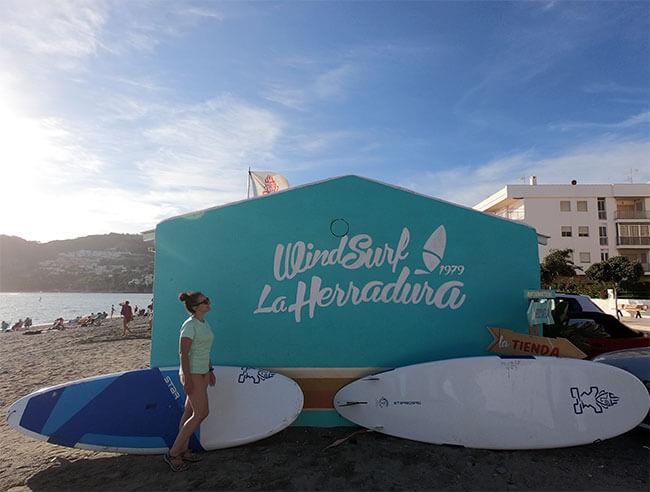 Windsurf La Herradura es la tienda de windsurf en Andalucía